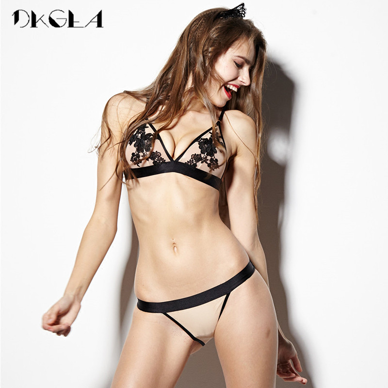 2019 New Hollow Out Sexy Underwear Women Bra Set Luxury Seamless Brassiere Brand Transparent Bras Lace Lingerie Set Embroidery