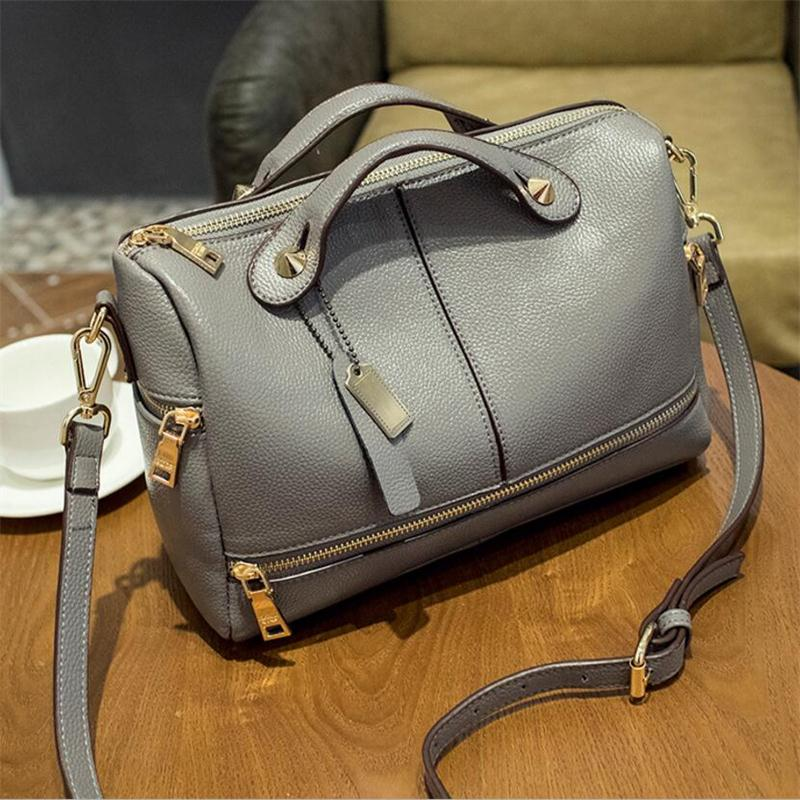 2017 Famous Brand Genuine Leather Female bag fashion women messenger bags New High Quality Designer Women bag Crossbody Bag