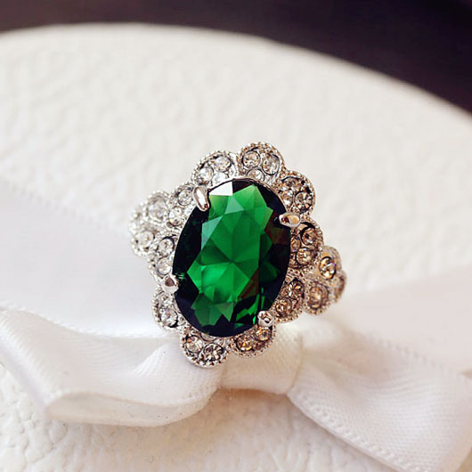 Fashion High Quality White Gold Plated Oval CZ stone Ring Elegant Vintage Green Crystal Ring Women