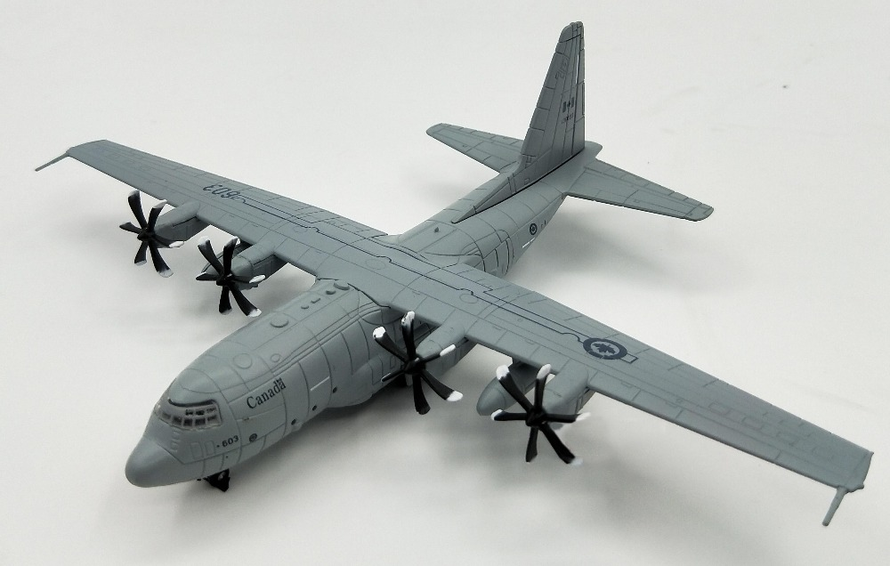 1:200 Canadian Air Force C-130J Hercules transport aircraft Model plane Wing alloy Collection model