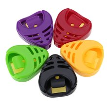 Plactic e Heart-shaped Guitar Pick Plectrum Holder Cases 5pcs Sticky and Portable