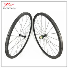 High End Extralite hubs wheels with Sapim spokes , China carbon road bicycle wheelset 30mm deep 25mm wide , OEM customized
