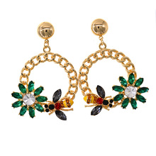 2018 Fashion Hoop Earrings For Women Bijoux Elegant Crystal Flower Petal Alloy Circle Round Charm Gold Color Brincos