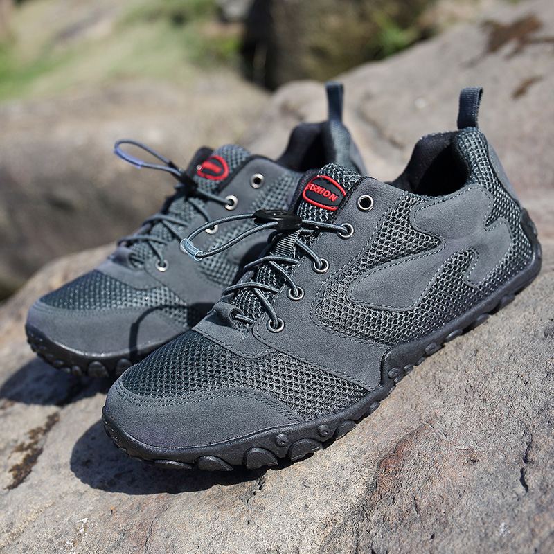 Men Outdoor Hiking Shoe Anti-Slip Women Breathable Waterproof Trekking Shoes Athletic Climbing Sport Sneakers Mountain Boots clorts men trekking shoes 2016 waterproof breathable outdoor shoes non slip hiking boots sport sneakers 3d028