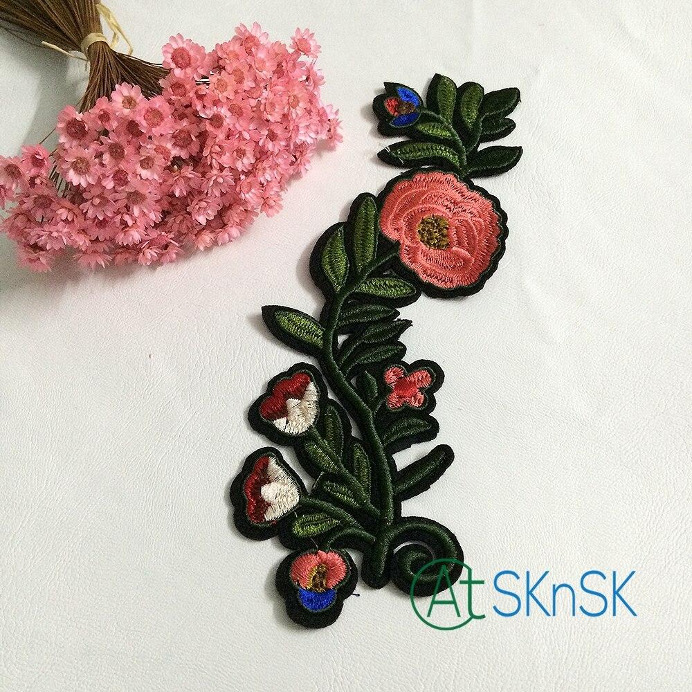 50 pcs lot Bunga Kain Appliques Bordir Venice Lace Potong Tanaman Patch  Untuk Garmen Kerajinan Dekorasi DHL pengiriman b4b45d2313