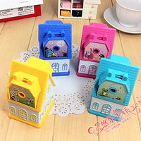 1 PCS New Creative Kids Little House Hand Pencil Sharpener Lovely House Cartoons Cute Students Pencil