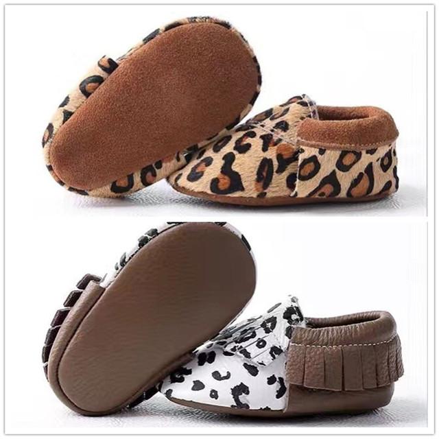 2016 Nueva caliente venta de Bebé de Cuero Genuino Mocasines Zapatos de leopardo Bebé gilrs niños Zapatos Recién Nacido primer caminante Zapatos Infantiles marrón