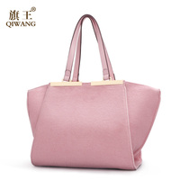 Qiwang Merk Vrouwen Roze Bont Tas Beroemde Designer Merk Tassen Vrouwen Lederen Handtassen Wol Stof Match Vrouwelijke Doek Jurk