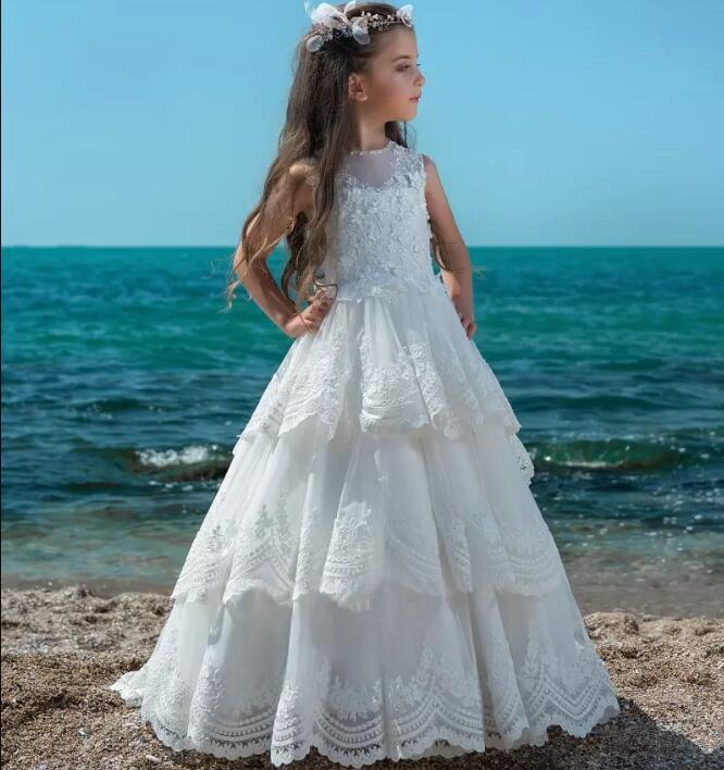 White Lace Flower Girls Dresses Jewel Neck Hollow Back Kids Tiered Lace Appliques Girls Pageant Gown Customized Any Size недорго, оригинальная цена