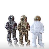 Star Wars Robot Astronaut Decoration White Gold Sliver Luxry Color Home Ornament Flying Dream for Children Gift Quality Ceramic
