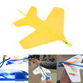 Mini luz intermitente iluminación modelo de avión diy niños mano lanzando vuelo aviones aviones glider toys for kids niños