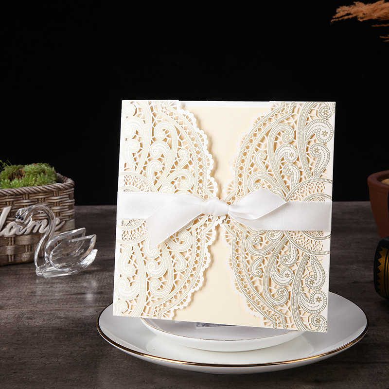 1pcs Sample Ivory Laser Cut Wedding Invitations Card lace Elegant Greeting Card WIth Ribbon Envelopes Wedding Party Decoration