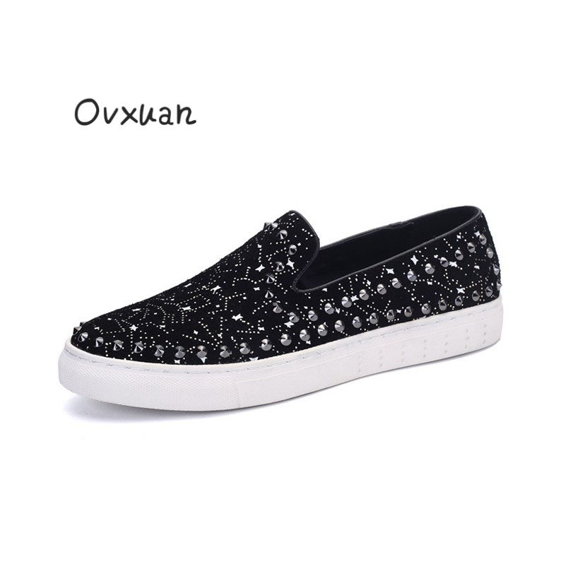 New Men Genuine Leather Loafers with Round Rivet and Star Pattern Fashion Party and Street Casual Shoes Men Euro Style Men Flats 2017 new flats men shoes zip round toe leather men loafers shoes fashion brand outdoor shoes casual sapatos masculino