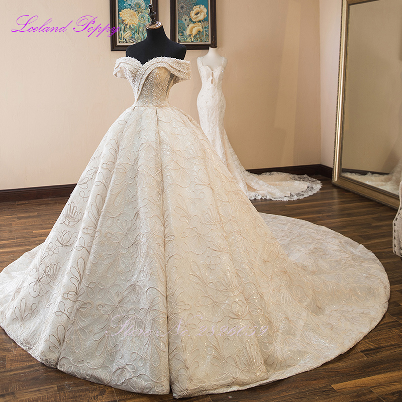 Luxury Ball Gown Wedding Dresses 2020 Sleeveless Pearls Beaded Off The Shoulder Floor Length Vestido De Novia Bridal Gowns