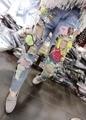 AQ201 Осень Середины Талии Многоцветной Ручной Патрик Звездные Джинсы Большие Отверстия женские Мультфильм Вышитые Уличные Джинсы