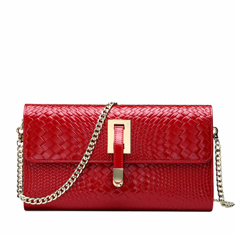European and American leather womens bag fashion chain shoulder dinner bag oblique cross handbagEuropean and American leather womens bag fashion chain shoulder dinner bag oblique cross handbag