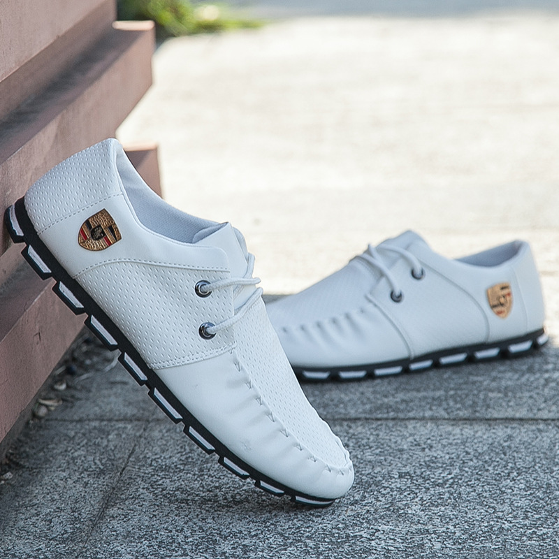 2018 New Brand Running Sneakers For Men Soft Moccasins Men Loafers Leather Shoes Men Flats Gommino Driving Shoes JH972018 New Brand Running Sneakers For Men Soft Moccasins Men Loafers Leather Shoes Men Flats Gommino Driving Shoes JH97