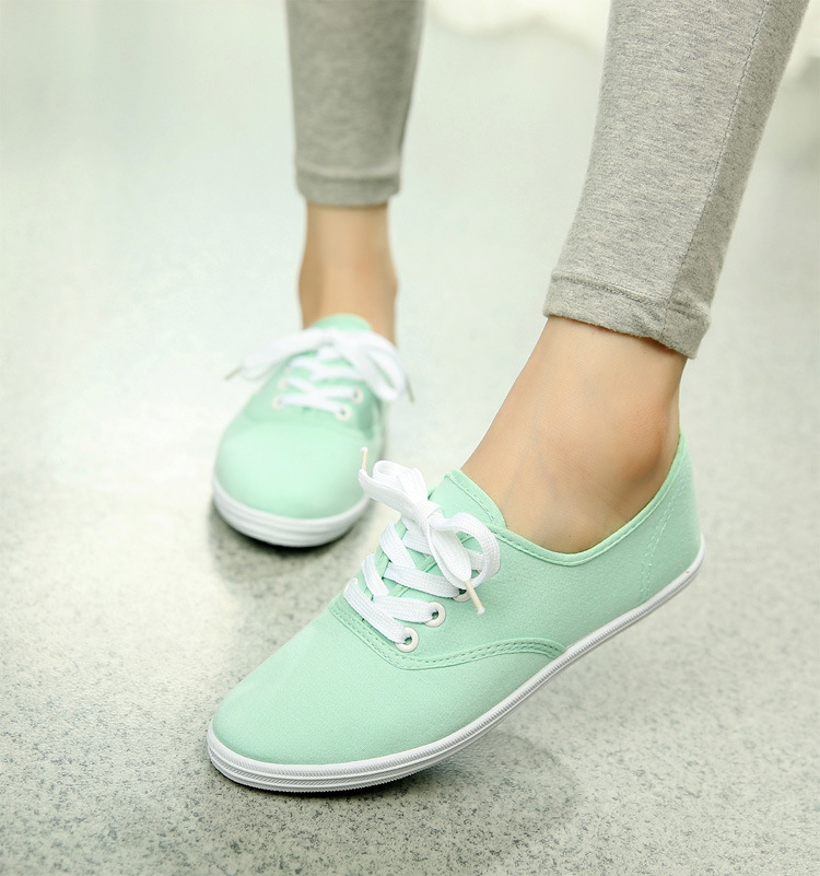 Women Canvas Shoes Lace Up Casual Shoes Woman Flats White Shoes Candy Color Breathable shoes Ladies Espadrilles Big Size 35-42 2017 new spring autumn men casual shoes breathable black high top lace up canvas shoes espadrilles fashion white men s flats