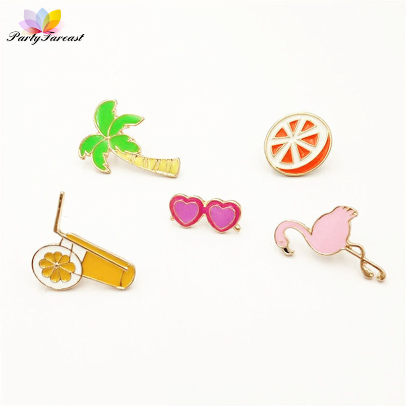 Kawaii Badges for Clothes Flamingos Coconut Tree Cartoon Pin Brooches on Backpack Female Cute Metal Badge for Kids Jacket Hat