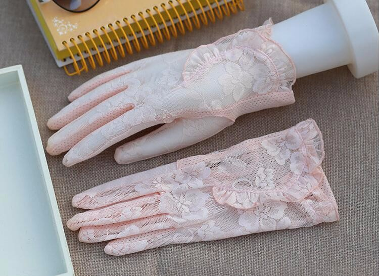 HTB1fVIrLVXXXXcvXFXXq6xXFXXX2 - Spring and summer women's Lace sunscreen gloves lady's anti-uv slip-resistant driving gloves girls sexy lace gloves R002