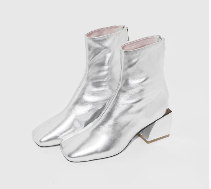 ФОТО 2017 Fashion Women Metallic Ankle Boots Round Toe Chunky  Heel Retro-style Western Celestial Ankle Boot Women Silver Bootie