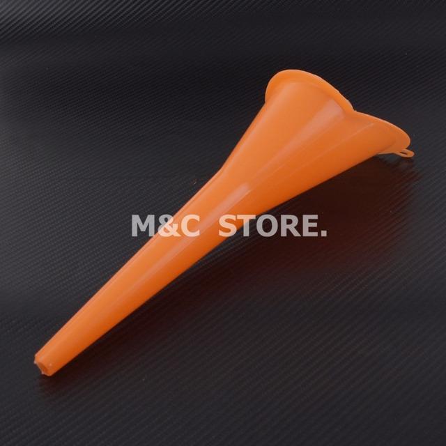 MACTIONS 9″ Neck Funnel Oil Plastic Dropper Car Refueling Filler For Harley Sportster 883 1200 Touring Dyna V-Rod Softail