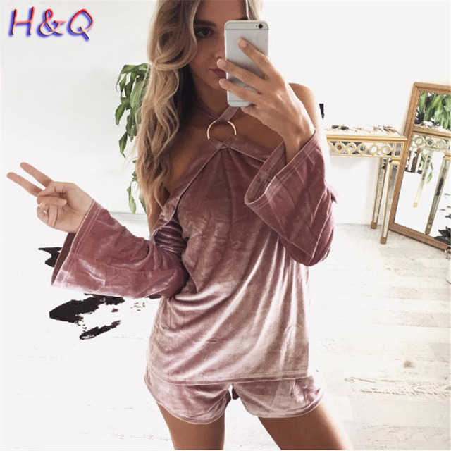 HQ Women New Sexy Velet Ring Hanging Neck Strapless Long Sleeves Shorts Set Loose Sleeve Fashion Solid Backless Top Set XHH04747
