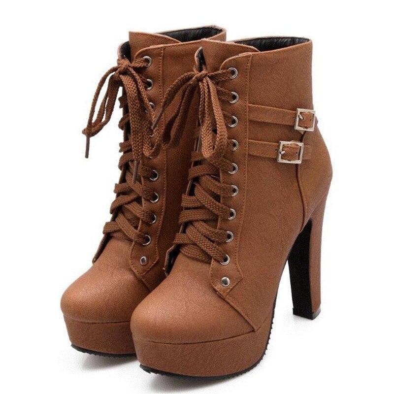 Nouvelles Chaussures 02 03 Femmes Talon Casual 01 Boucle Ultra Bottes Rétro  La Haute Ceinture Mode ... e013f8ac7f1