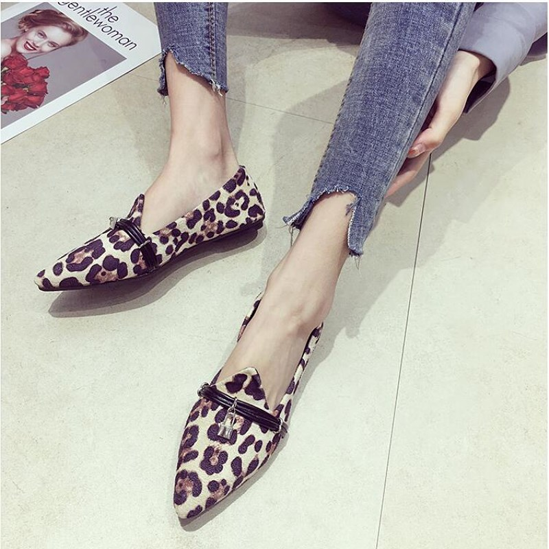 EOEODOIT Leopard Print Flats Shoes Spring Autumn Casual Pointed Toe Slip On Vogue Retro Women Boat Shoes Slip Resistance