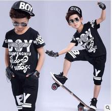 2017 spring summer childrens clothing set Boy Girl Costumes skateboard Striped shorts & Hip Hop dance T-shirt kids suits twinset
