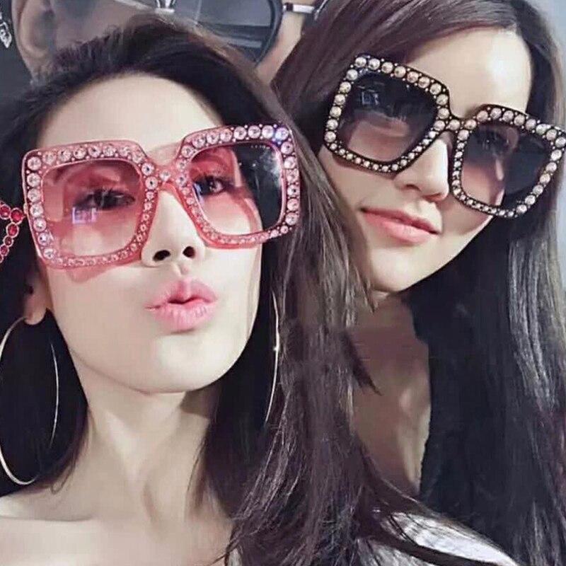 Oculosoak 2019 Hot Sale Luxury Shining Frame Sunglasses Women Rhinestone Decoration Sun Glasses Square Shades Gafas UV400