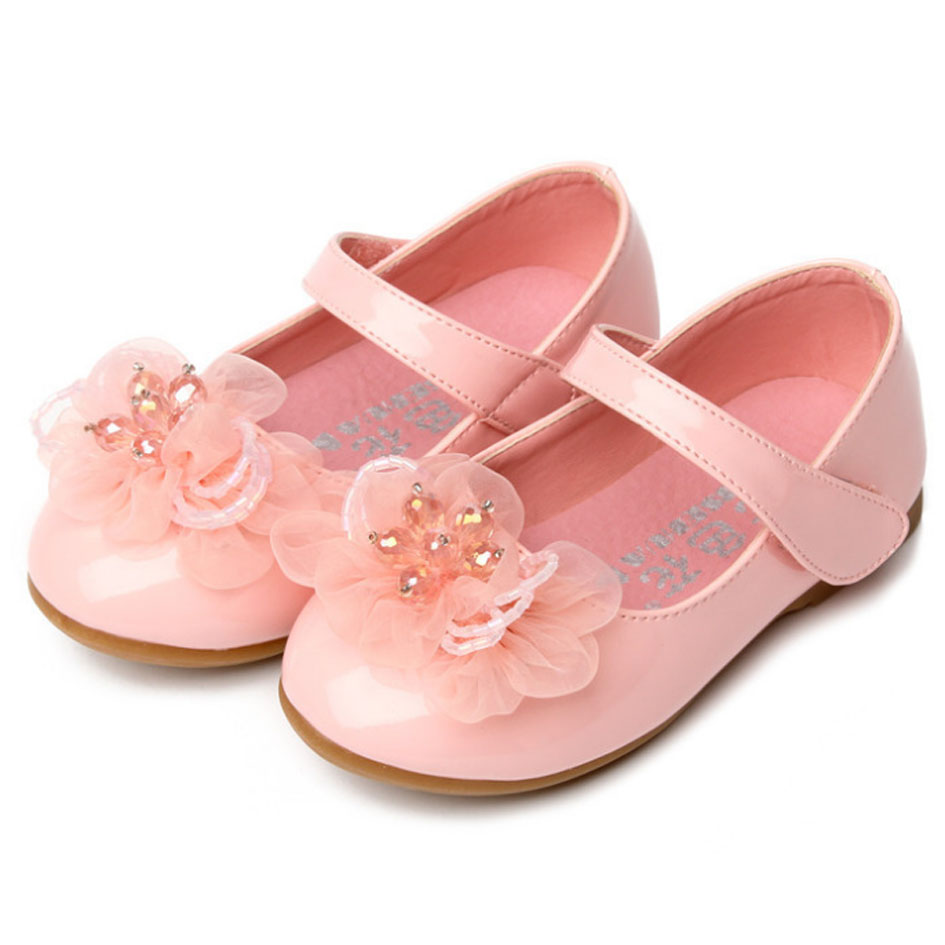 2017 autumn new style flower toddler girls shoes flat heel patent pu 2017 autumn new style flower toddler girls shoes flat heel patent pu kids girl shoes ankle strap princess shoes sapatos enfant in leather shoes from mother izmirmasajfo Images