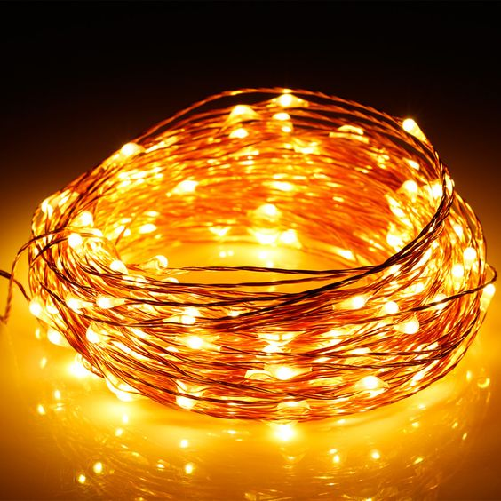 33FT 100LEDs 3AA Battery Super Bright Warm White Color silvery Wire Rope Lights Ultra Thin String for Home Bedroom Party Tree