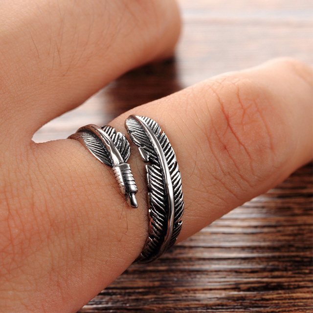 LNRRABC Gifts Alloy Unique Adjustable Resizable Feathers Women rings Men Gracefu