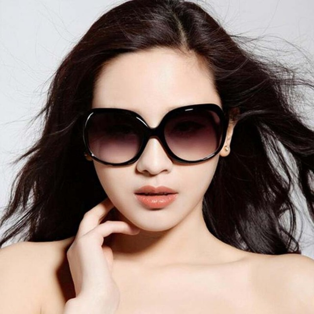 2d64700fe7 2018 New luxury Brand Designer sunglasses women Fashion Summer Shades  Polarized Reflective Driving sexy lady sunglass