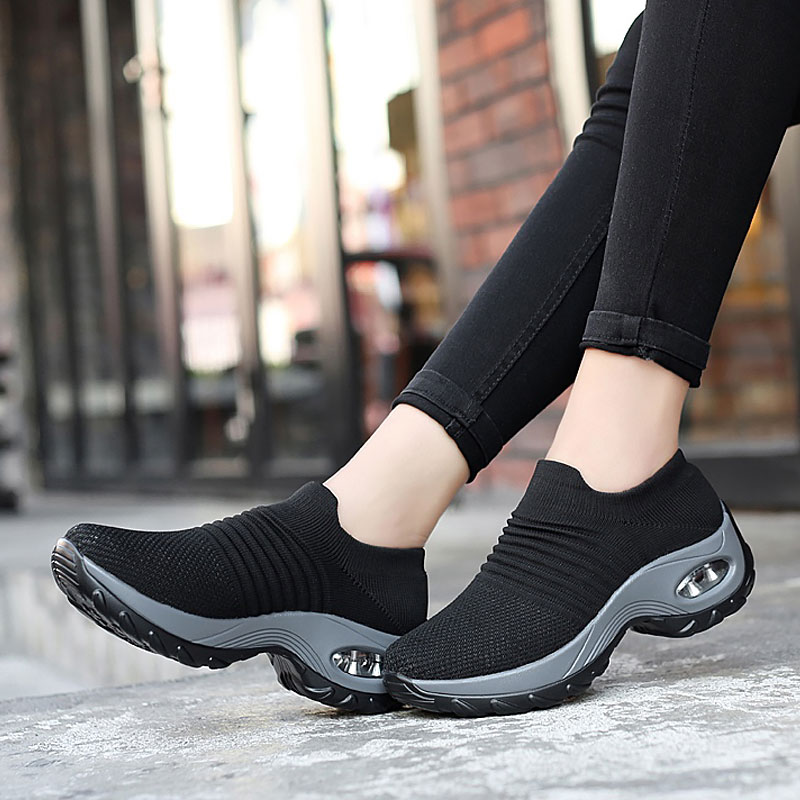 Women Sneakers 2020 New Breathable Mesh Sneakers Women Shoes Convenient Slip-on Air Cushion Casual Shoes Woman Tenis Feminino