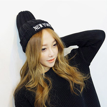 New autumn and winter leisure knitted hat Fashion men and women NEW YORK letter wool beanies