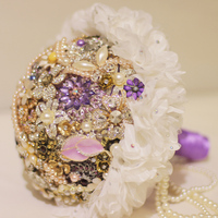 Purple brooch bouquet Bridal crystal Wedding Bouquet custom made Creative White silk flower Bride 's bouquets