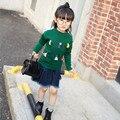 De alta Calidad de los Bebés del Otoño Ropa de Manga Larga de la Manera de La Borla de Punto Pullover Sweater + Falda Vaquera de Navidad Outfit 2-7años