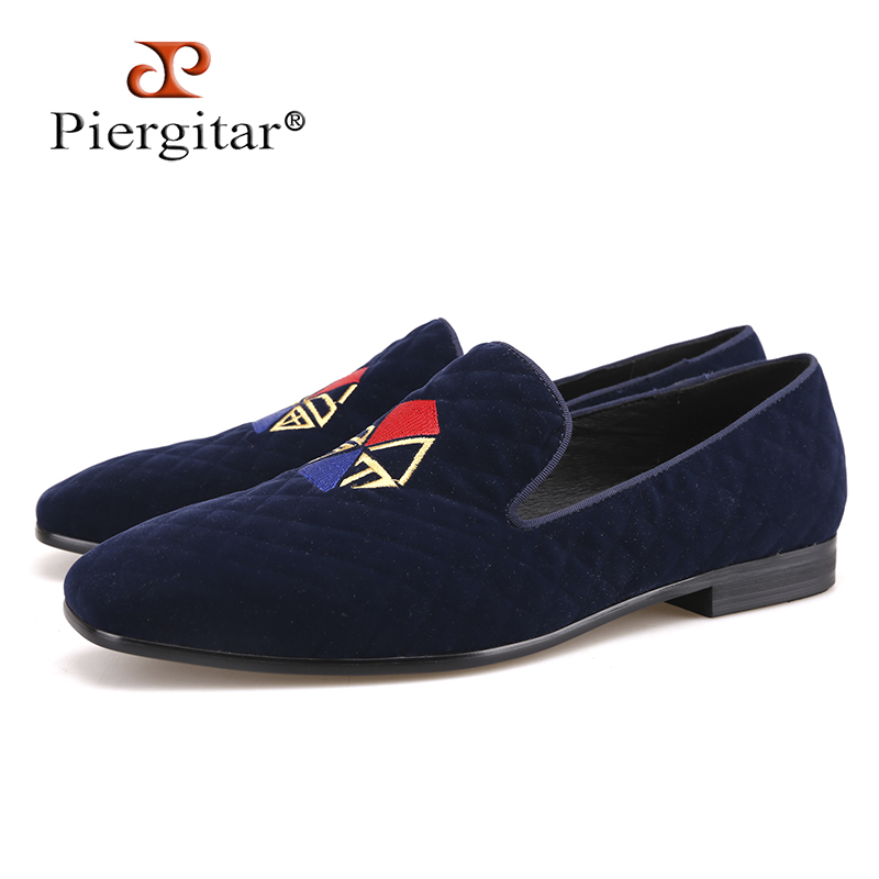 Piergitar New style fashion men loafers graffiti embroidery handmade men velvet shoes party and wedding big size men's flat цена
