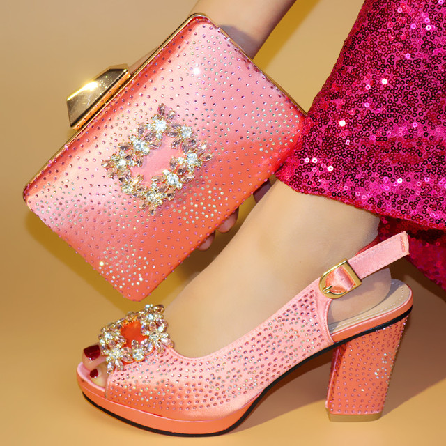 Beautiful pink women pumps match handbag set with crystal decoration african shoes and bag for party dress V99638-1