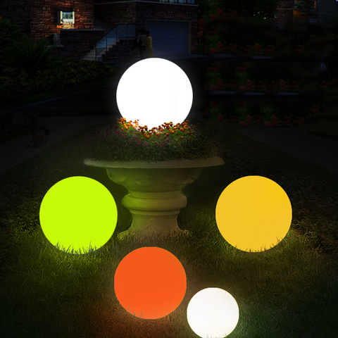luz festa casamento jardim gramado lampadas casa piscina flutuante