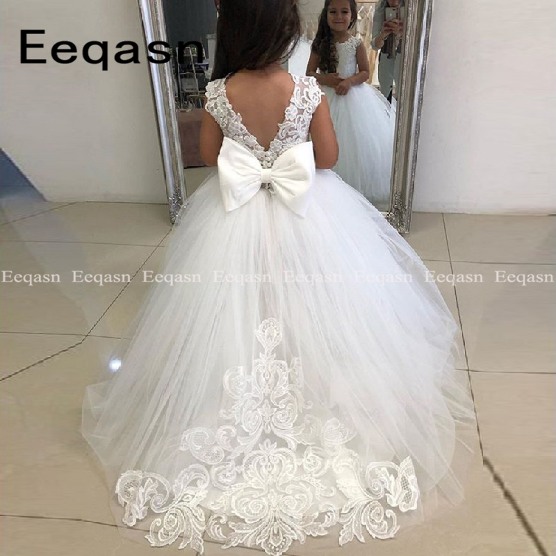 Lovely Flower Girl Dresses 2019 Ball Gown Big Bow Appliques Long Little Pageant Gowns Girls First Communion Gowns For Weddings