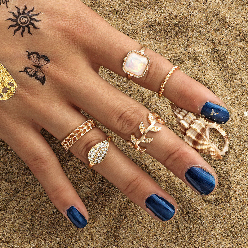 CWEEL Vintage Punk Midi Rings Set Antique Gold Color Boho Female Charms Jewelry Knuckle Ring For Women Fashion Party Gift