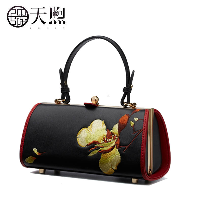 New women Leather bags fashion embroider Flowers luxury tote handbags designer women bag leather handbags Crossbody bags new women leather bags fashion embroider flowers luxury tote handbags designer women bag leather handbags crossbody bags