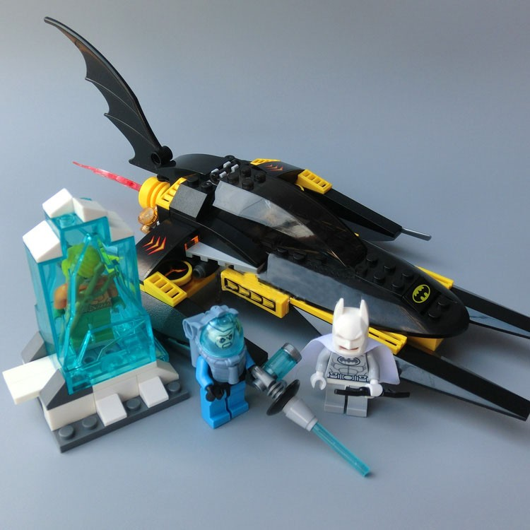 Model building kit compatible with lego Super Heroes Batman chariot 3D block Educational model building toy