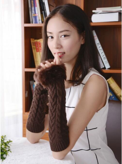 50 Pairs Women Gloves Sleeves Fingerless Autumn Winter Warm Hand Knit Opera Arm Half-Finger Arm Sleeve Longer Section Mittens