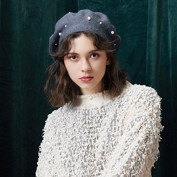 Women Beret With Pearls In...