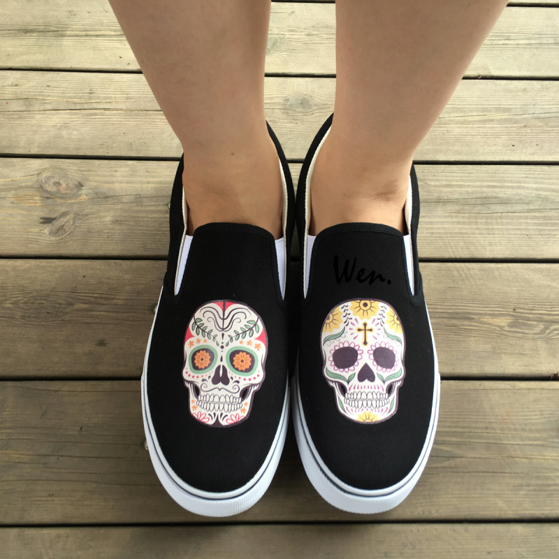 Wen Outdoors Sports Black White Colors Slip On Shoes Original Design Mexican Colorful Flowers Tattoo Skulls Canvas Sneakers