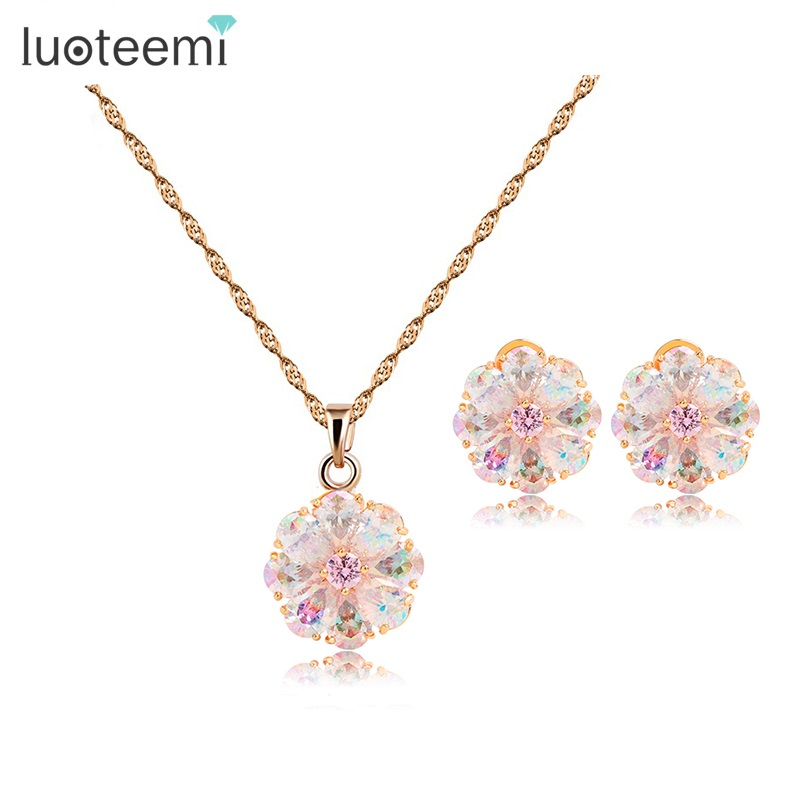 LUOTEEMI New Russian Hot Design Luxury Perfect Champagne Gold-Color Rainbow Cubic Zircon Girls Flower Necklace Earrings Set